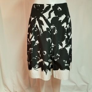 Banana Republic Black Cream Lined Skirt